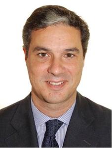 Lázaro Olivares